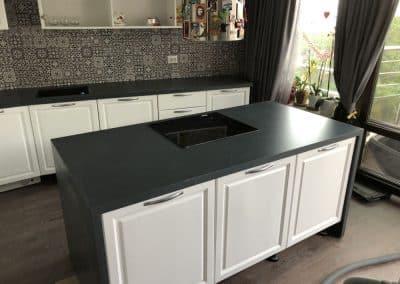 кухненски плот камък 47