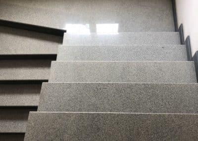 стъпала и настилка камък 43