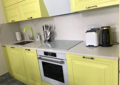 кухненски плот камък 50